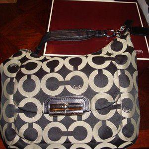Coach Kristin Large Hobo Bag (M1082-16811)